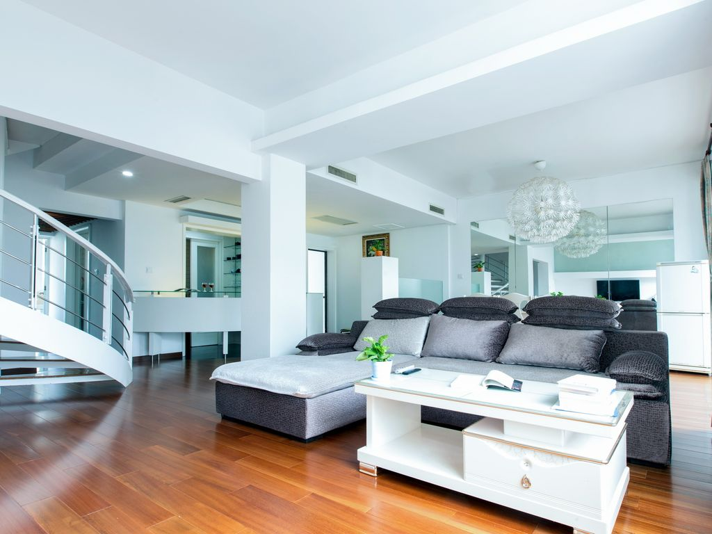 4 BR Townhouse Airport & Gubei