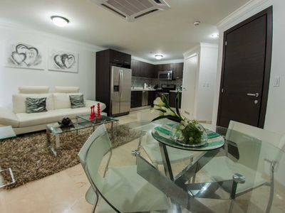 Photo for Great Balcony Views, Tropical Flare Condo, Perfect for Couples, Close to great Restaurants