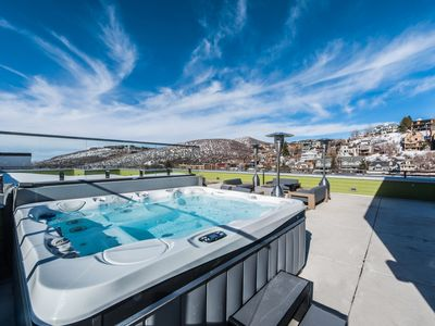 Photo for 20% Off 4-6 Nights at Parkite on Main! | Close to Skiing | Private Hot Tub | Concierge Services