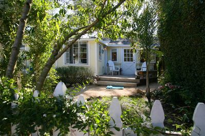 Your charming beach cottage hideaway