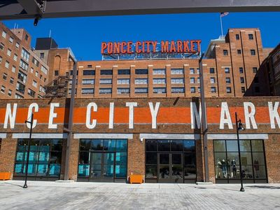 Photo for Beltline Apartment at Ponce City Market - Walk to everything! pool, gym, free parking, City Skyline
