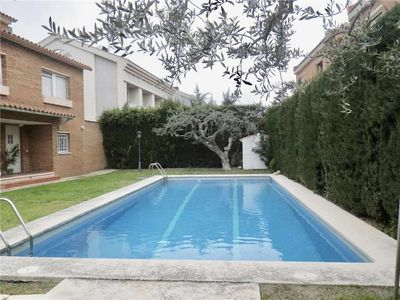Photo for Beautiful house, Vilafortuny Beach (Cambrils) at 1,5km and Port Aventura at 8km