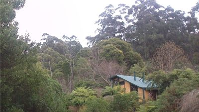 Photo for Cosy Mountain Retreat - Mudbrick Cottage on 17 acres adjoining National Park