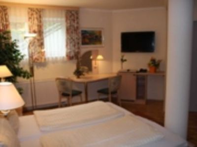 Photo for Room with extended breakfast (price for 2 persons) - Waldschlößl - Apartment ****