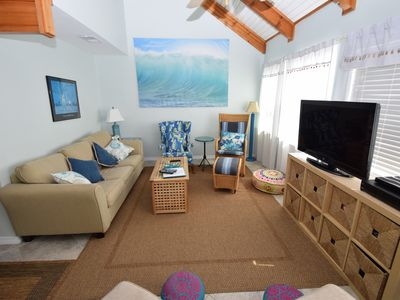 Photo for Seagrass Cottage - Pets Welcome! Book now for the best Spring rates!