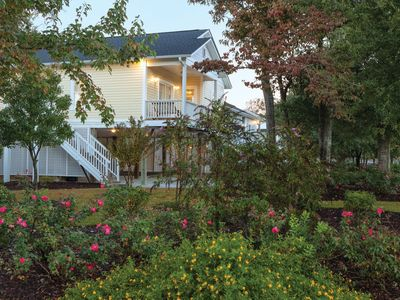 Photo for Four Bedroom Deluxe Luxury Cottage, Myrtle Beach (1836405)