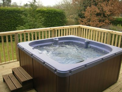 Outside decking with Hot Tub for 6
