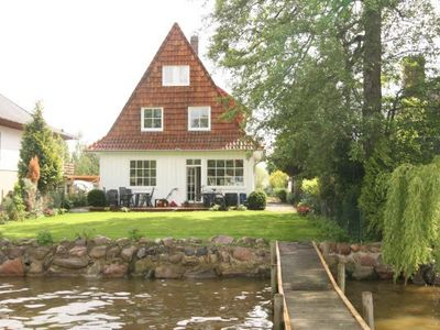 Photo for Holiday home in the Nature Park on the lakefront of Lake Steinhude, for sailors