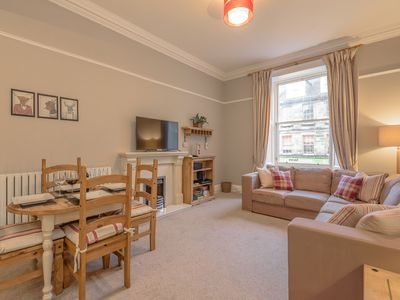 Photo for Charming & Eco Friendly Apartment in the Heart of Edinburgh