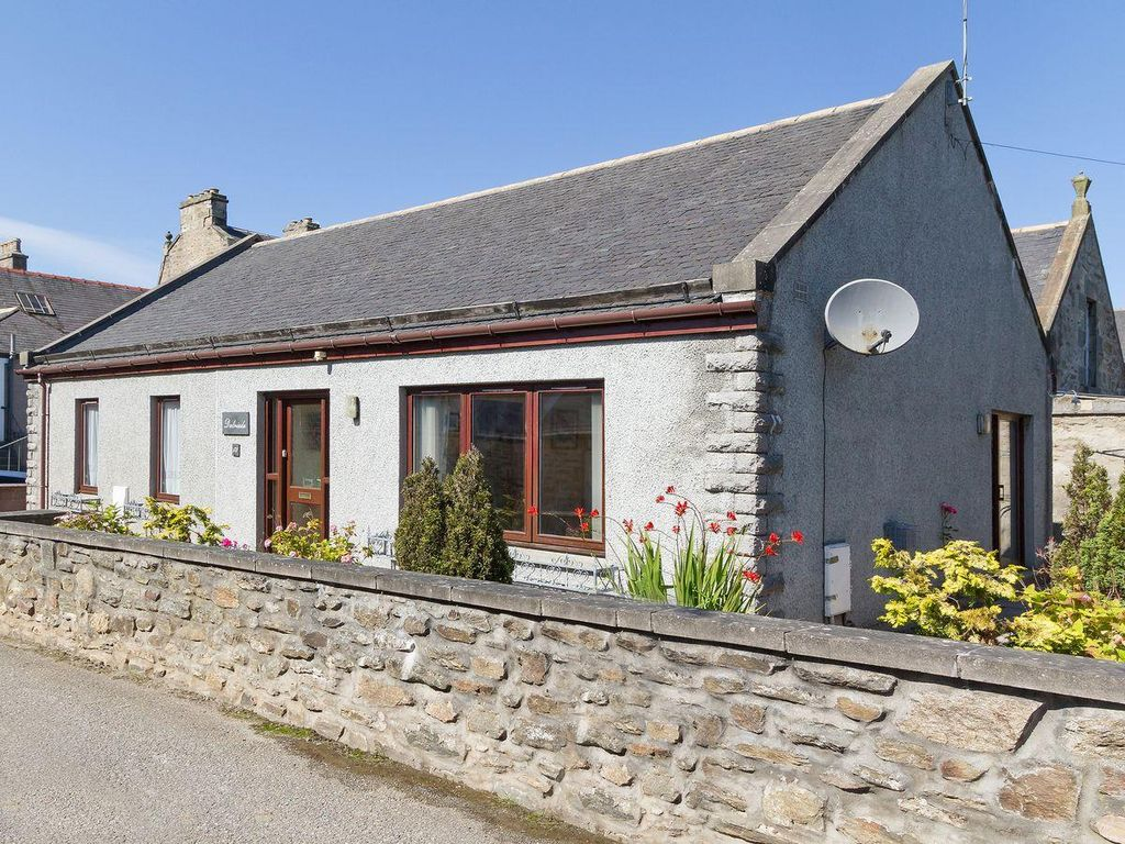 3 Bedroom Property In Buckie Vrbo