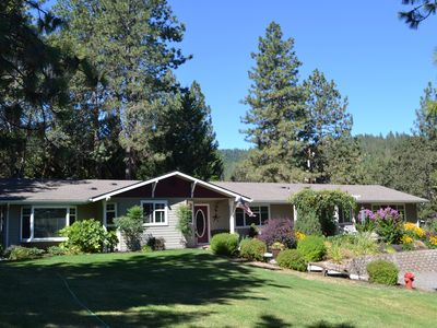 Photo for 3BR House Vacation Rental in Central Point, Oregon