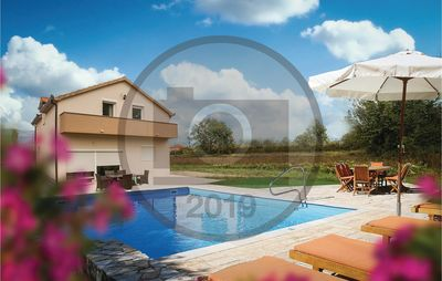 Photo for 4 bedroom accommodation in Trilj