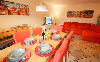 Photo for Bright and spacious ground floor apartment with garden and parking