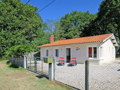 Photo for Vacation home Le Vieux Moulin  in Vensac, Aquitaine - 5 persons, 2 bedrooms