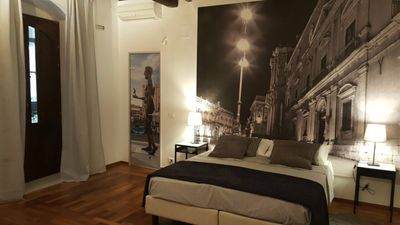 Photo for Holiday Apartment near the Fonte Aretusa