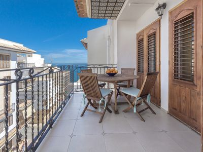 Photo for Apartment with sea views