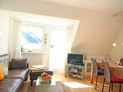 Photo for Apartment / app. for 2 guests with 45m² in Wenningstedt (22351)