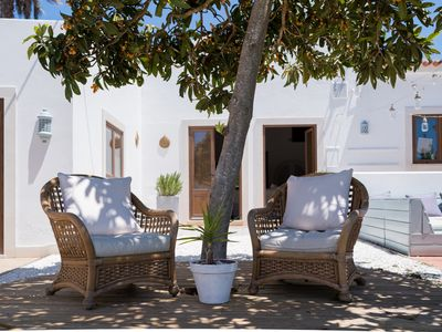 Photo for Beautiful, secluded villa near historical Lagos