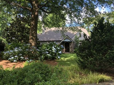 Photo for Cottage-like 4/4 in the city of Atlanta