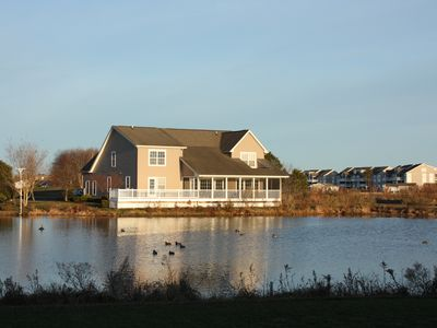 Photo for Gorgeous 6 Bedroom House Overlooking Golf Course And Water.  Sleeps 19!