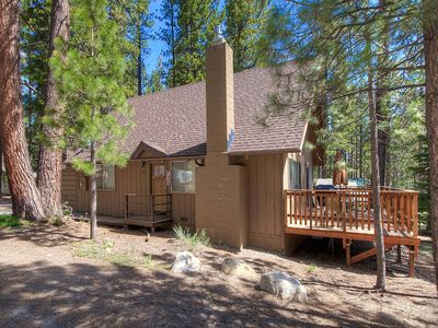 Photo for Large Deck w/BBQ, Classic Cabin, Rock Fireplace, Bike Tr Nearby (CYH0881)