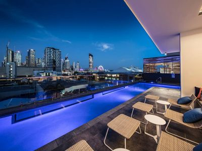 Photo for Southbank Queen Suite I POOL, GYM & SPA