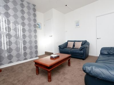 Photo for Sleeps 7 Very close to Leeds - Eastpark