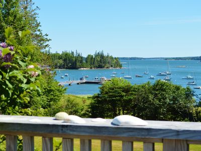 Classic Maine Cottage - Water Views - 2 Acres Expansive Lawn - Wooden Boat Mecca