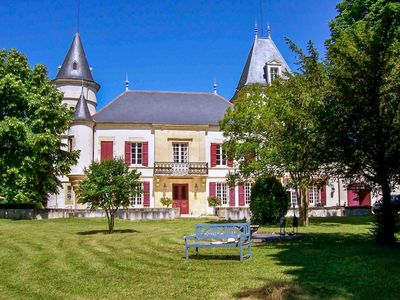 Photo for Chateau Cayac - Country house for 18 people in Fongrave