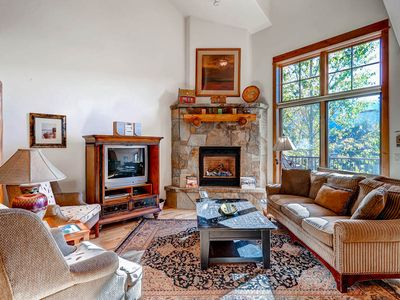 Photo for Classic Mountain Styled Townhome with Private Deck, Fireplace & Garage