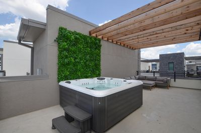 Private rooftop spa and outdoor furniture