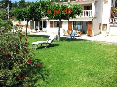 Photo for Ground De Villa with garden, lawn, barbecue and views of the Gulf of valinco!