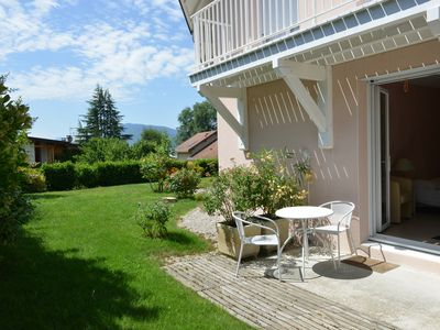 Photo for charming furnished studio for 2, 5 km from Annecy, view of mountains near lake