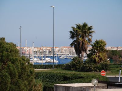 Photo for Apartment overlooking the harbor 200 meters from beaches in the Cap d'Agde resort
