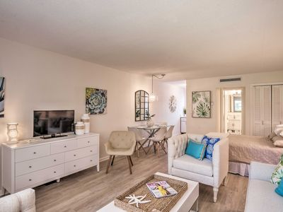 Photo for NEW! Downtown Studio Steps to Naples Pier & Beach!