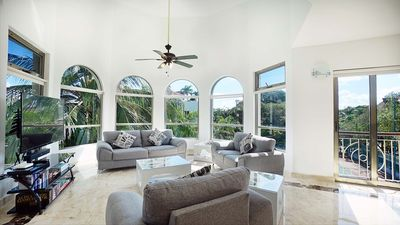 Photo for Incredible and newly renovated 3 bedroom penthouse in Paseo del Sol by BRIC