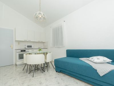 Photo for Apartment Spoljar for 3-4 persons, 500m from the beach