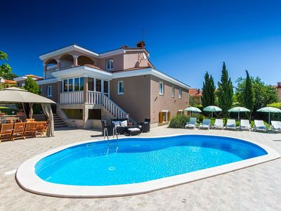 Photo for Large luxury villa with private pool near Poreč