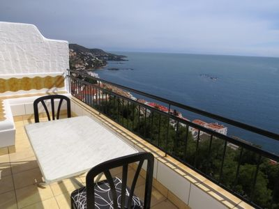 Photo for JM. Apartment on two floors with incredible views to the sea.