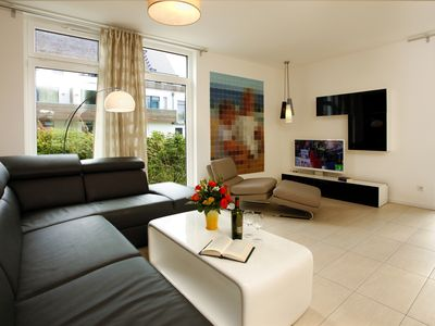 Photo for Spacious 5-star apartment, modern, new, ideal for 4 people