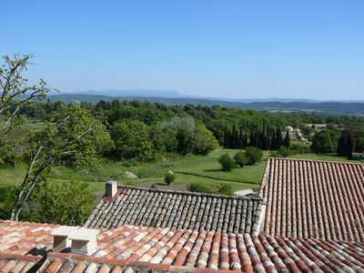 Photo for Holiday apartment Vaugines for 2 - 4 persons with 2 bedrooms - Holiday apartment