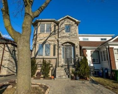 Photo for Luxury and Spotless House Midtown Toronto
