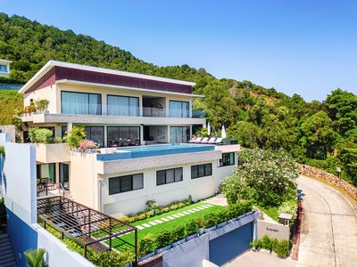 Photo for Luxury Oceanfront Family Friendly Pool Villa with Spectacular Views