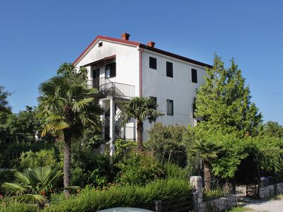 Photo for One bedroom apartment with balcony and sea view Njivice (Krk)