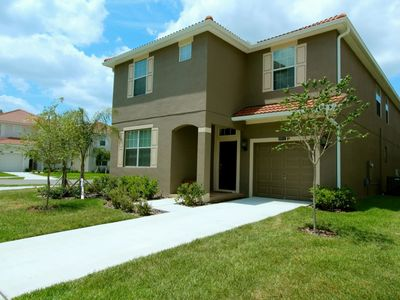Photo for Spectacular 6 bedroom with private pool and spa in a gated community