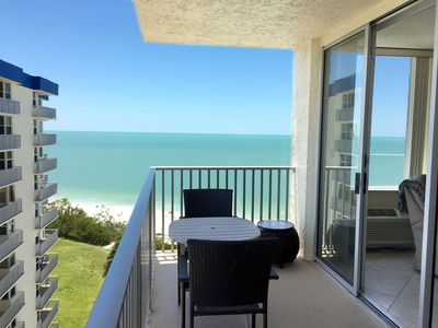 Photo for Fantastic views, beachfront, 11th floor, WiFi, super clean, walk to everything!