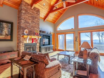 Photo for 3BR/3BA Luxury Cabin with Majestic Views, Clubhouse Amenities, Pool Table, Ping Pong Table, Movie Theatre Room, Close to Skiing