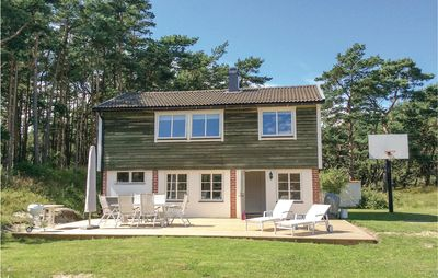 3 bedroom accommodation in Borrby