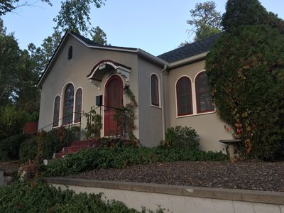 Charming Historic Flagstaff Downtown Home. Close to skiing & NAU