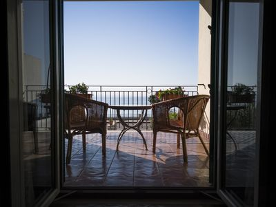 Photo for Casa Don Vincenzo, enjoy stunning views of the blue waters of the Ionian Sea.